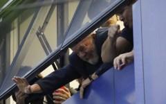 Brasile: Lula non si consegna alla polizia
