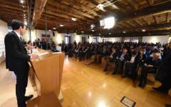 Direzione Pd: Renzi chiede niente conte, ma i non renziani vogliono voto su mandato di Martina