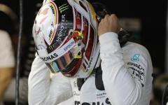 Formula 1, Gp Usa: Hamilton batte Vettel e Raikkonnen e va in pole