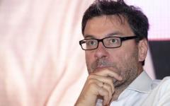 Manovra, Giorgetti: «Reddito di cittadinanza? Molto complicato»