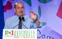 Pd: Zingaretti proclamato nuovo segretario. La Boschi scarica Renzi? «No ritorni al passato»