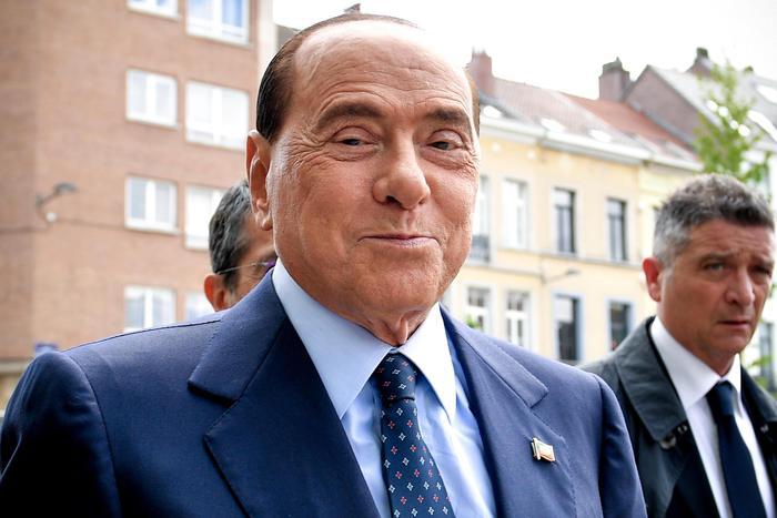 Renzi dice che il M5s digerirà anche il Mes