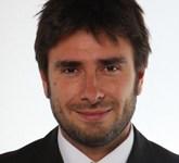 Di Battista (M5S): Renzi, con i suoi parlamentari, minaccerà di far cadere il Governo