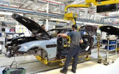 Disoccupazione: il tasso scende al 9,9%, lo comunica l'Istat