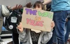 Friday's for future:  migliaia di seguaci di Greta alle manifestazioni in Toscana. 10.000 a Firenze