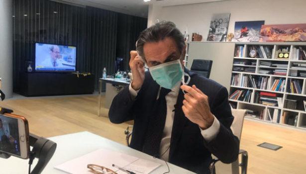 Coronavirus, il governatore Fontana in auto-isolamento: collaboratrice positiva al virus