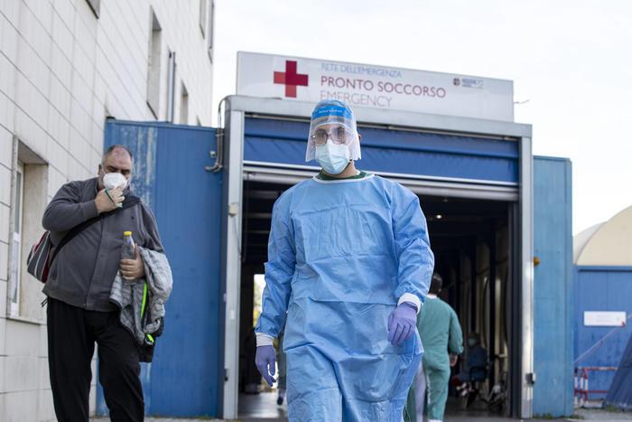 Bollettino nazionale oggi 10 novembre: boom di guarigioni