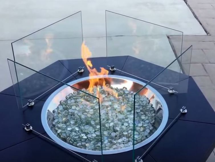 Fire pit ideas for country house.