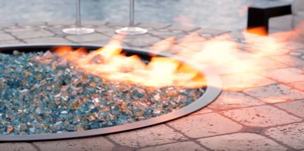 outdoor gas fire pit with glass rocks