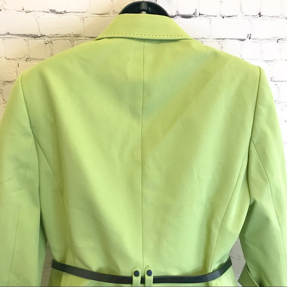 Tahari ASL lime green contrast stitch belted cropped blazer Size 8