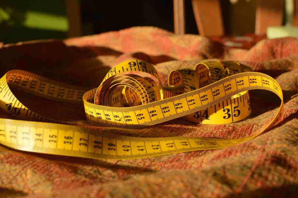 soft tape measure for measuring wrap length and width