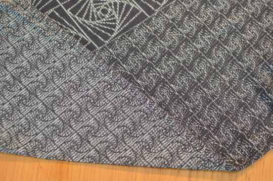 jadeite-obsidian-the-librarian-woven-wrap