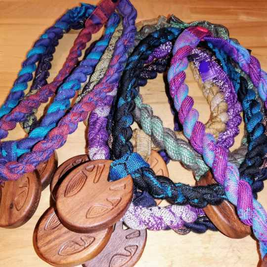 slingamebobs necklaces
