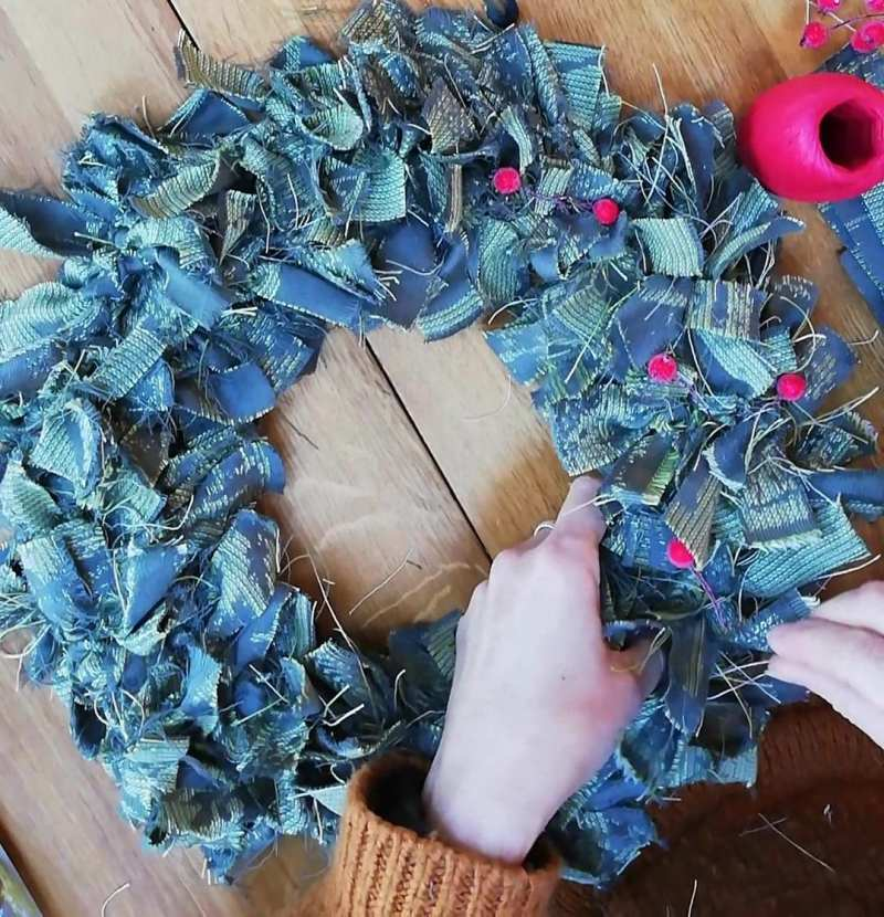wrap scrap rag wreath