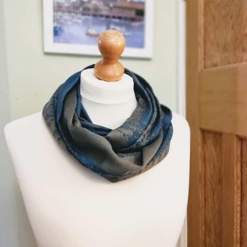 freddie mercury murmuration loop scarf