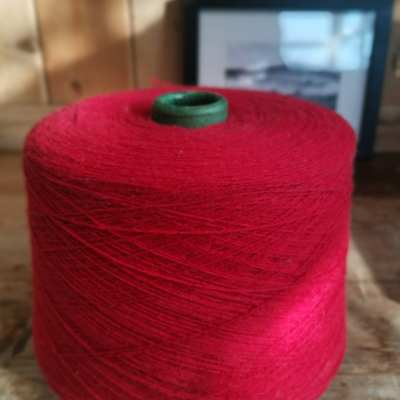 yarncone red