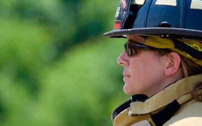 Edmonton Fire Rescue Recruiting Female Firefighters