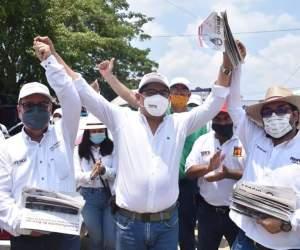 """""""Vamos por la continuidad de la 4T en Agua Dulce"""": Noé Castillo Olvera"""