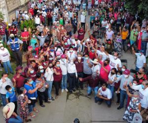 Amado Cruz anuncia circuito vial para las colonias Peloteros y Transportistas
