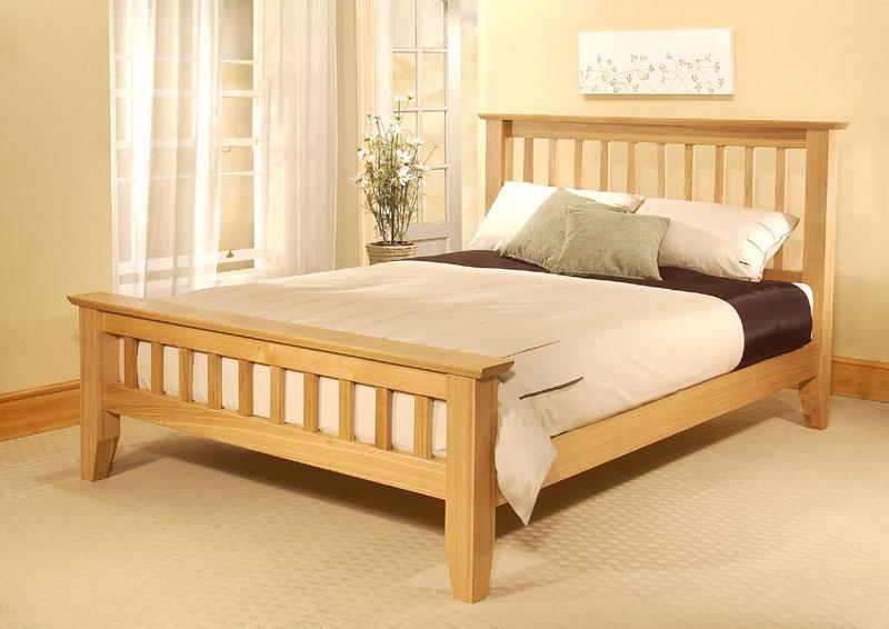 Paturi din lemn pe Henderson, pentru dormitoare cu stil unic