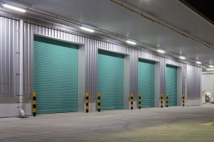 Snow Removal Tips to Protect Your Garage Door