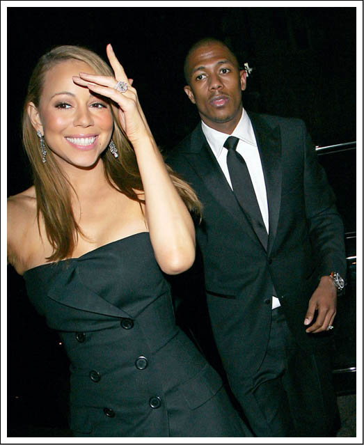 Well it is not very easy to find a picture of Mariah Carey's tattoo but she