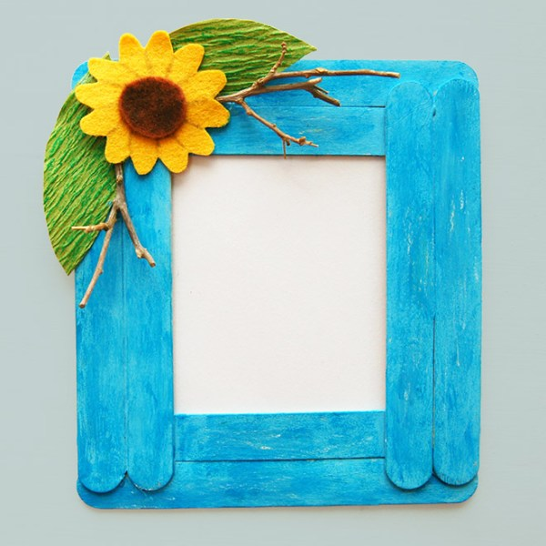 Craft Stick Photo Frame | Kids' Crafts | Fun Craft Ideas ...