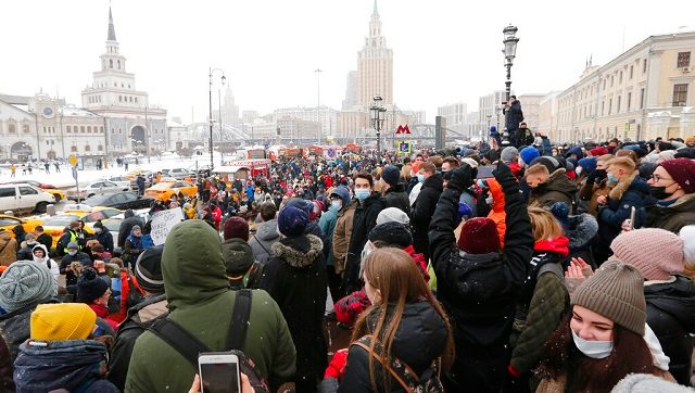 Russian Police detain over 1600 protesters who demanded Opposition leader Alexei Navalnys release