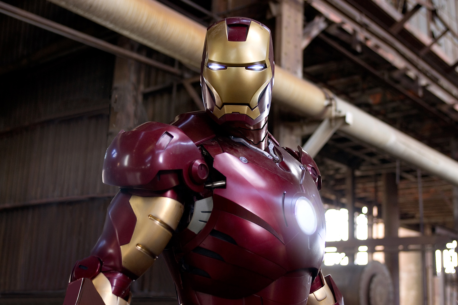 https://i1.wp.com/www.firstshowing.net/img/ironman-08preview-lg.jpg