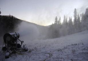(photo: Loveland Ski Area)