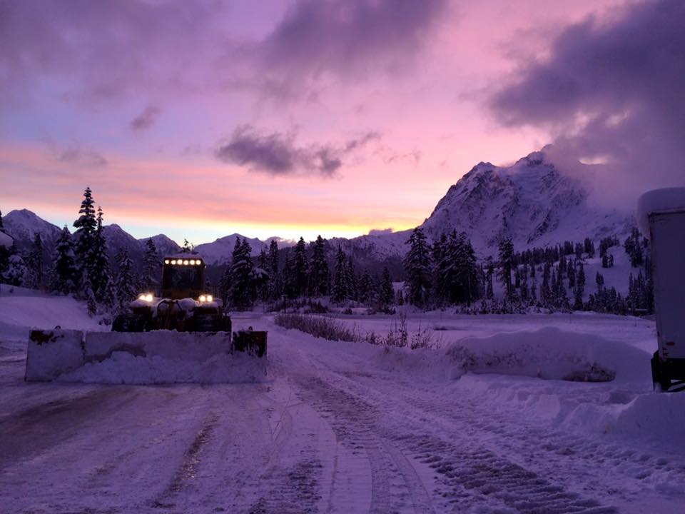 Snow Cascade Washington Mountains Levels