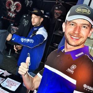 Doppelter Max: In Fahrerlager 1 schrieb Superbike*IDM-Vizemeister Max Neukirchner kräftig Autogramme