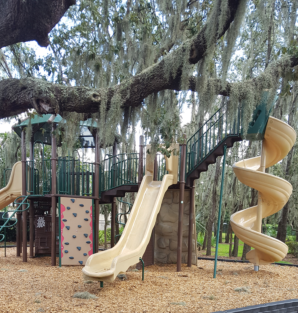 FishHawk Ranch Parks and Playgrounds_Starling Water Drive