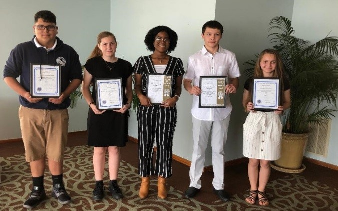 Sebastian Exchang honors Students from Sebastian High