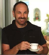Dr. Paddi Lund