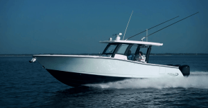 Robalo R360 boat model on the open water
