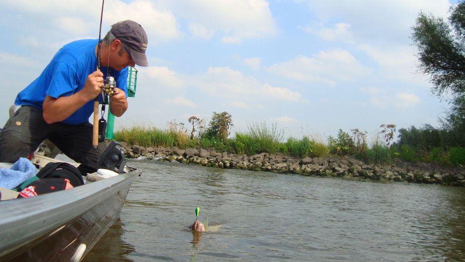 Heerlijk werpend vissen!