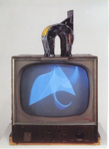 3.13 Nam June Paik, Magnet TV.