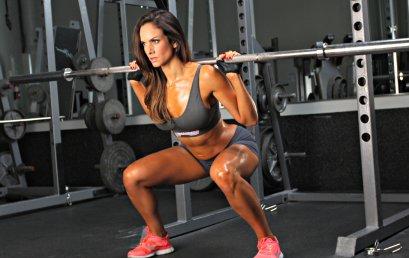 Attivazione dei muscoli del core nel plank e nello squat