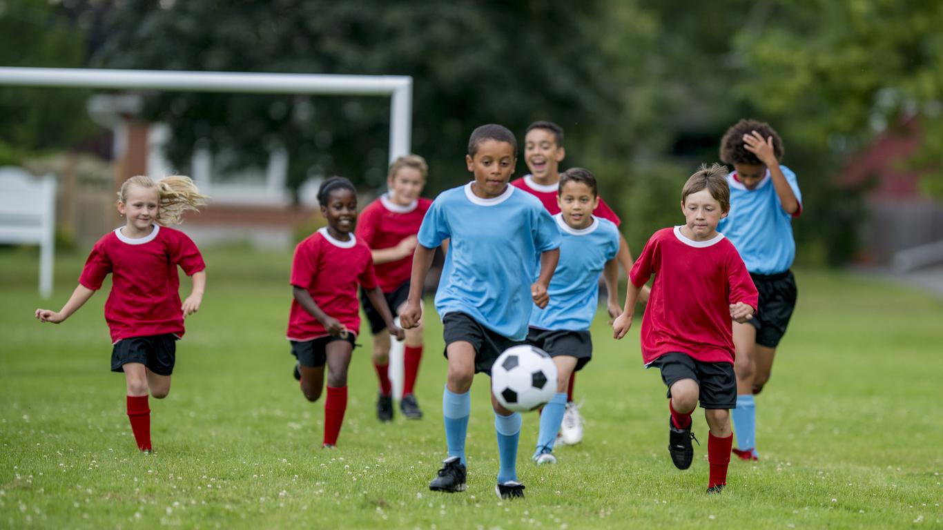 Fattori associati al dolore di ginocchio e tallone nei giovani calciatori di età compresa tra gli 8 e i 12 anni