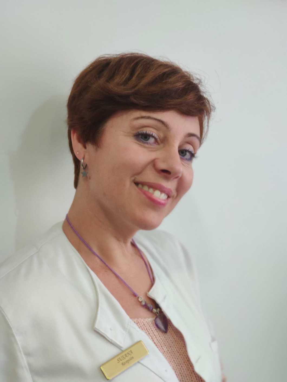 Susana López Uran     Administración y Recepción