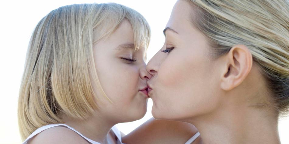 bacio di mamma più efficace di omeopatia