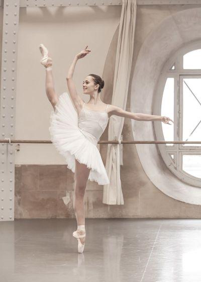 Fisioterapia ginocchio ballerino classico ballerina classica_bergamo_Roma