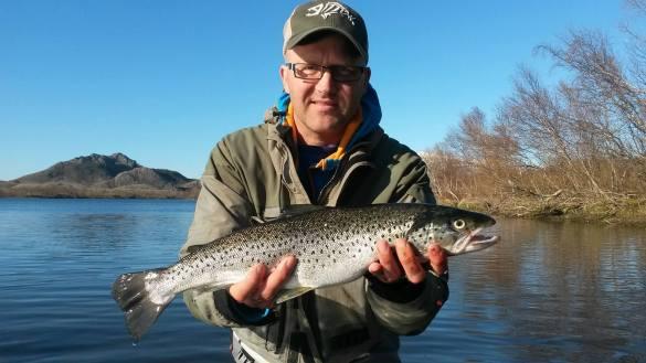 Helgelandskystens skjulte perler – Brønnøysund – Ørretfiske