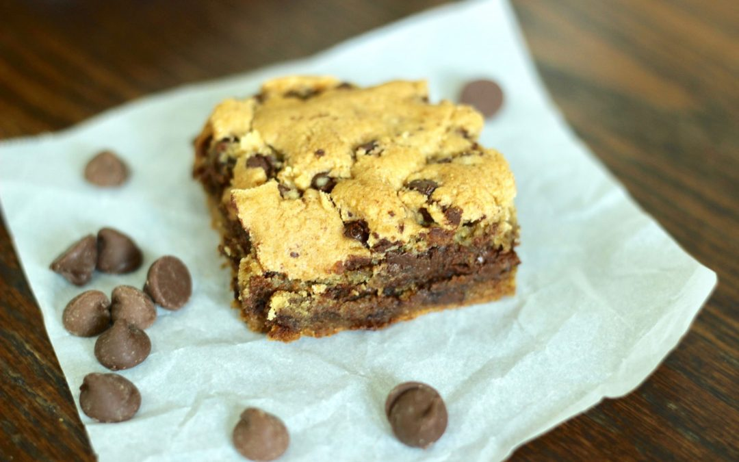 Nutella Stuffed Chocolate Chip Cookie Bars