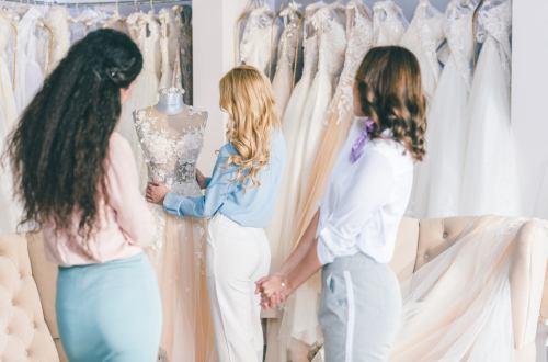 Jak zadbać o sylwetkę przed ślubem i dobrać piękną suknię ślubną do figury