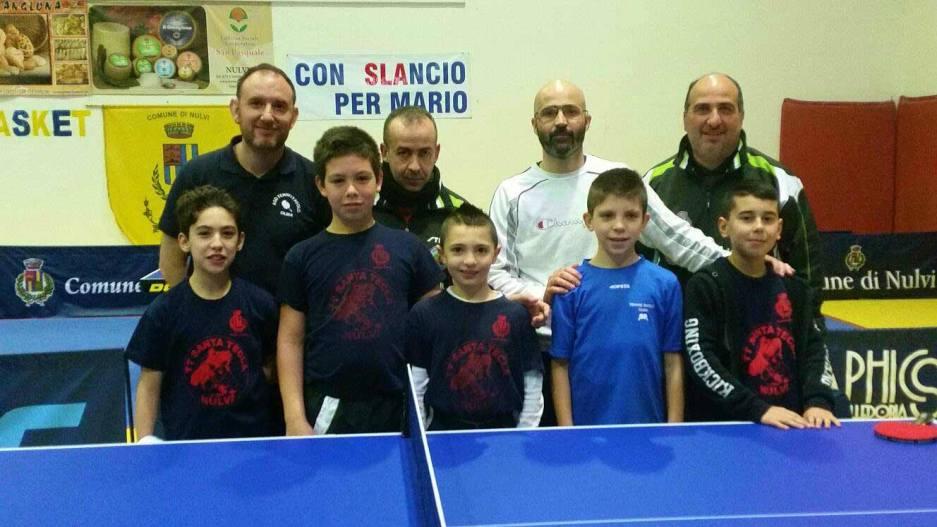 Foto di gruppo tra Tennis Tavolo Speranze Olbia e Santa Tecla Nulvi Azzurra
