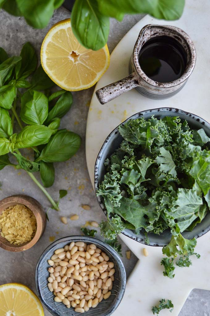 Basil & kale pesto (dairy free, gluten free, vegan)