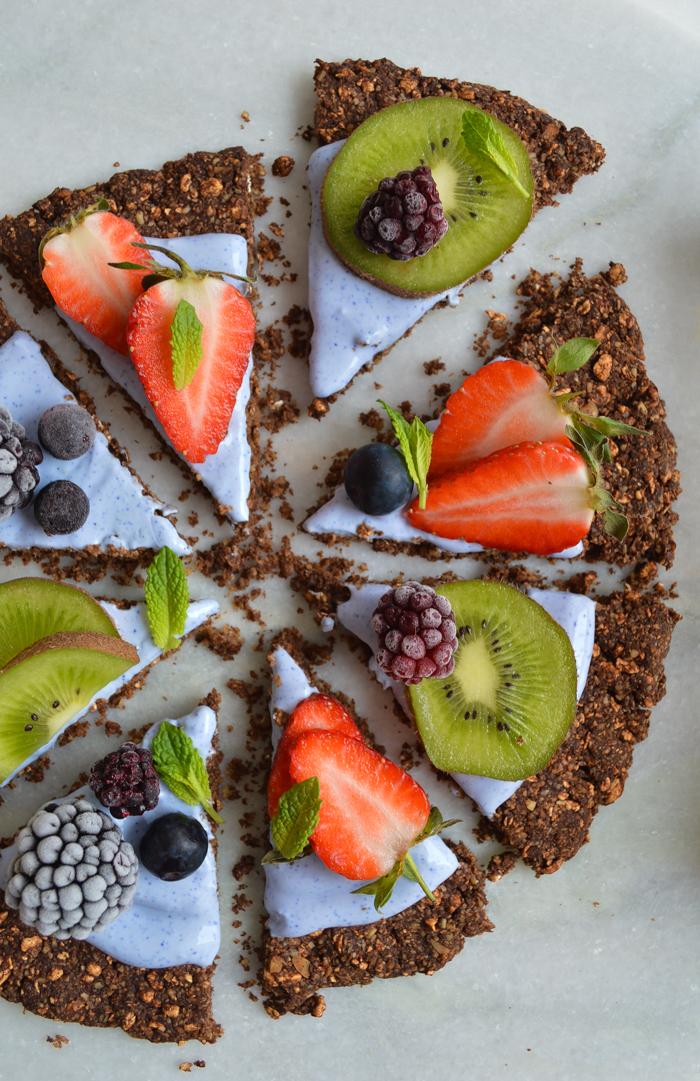 Gluten free & vegan granola breakfast pizza