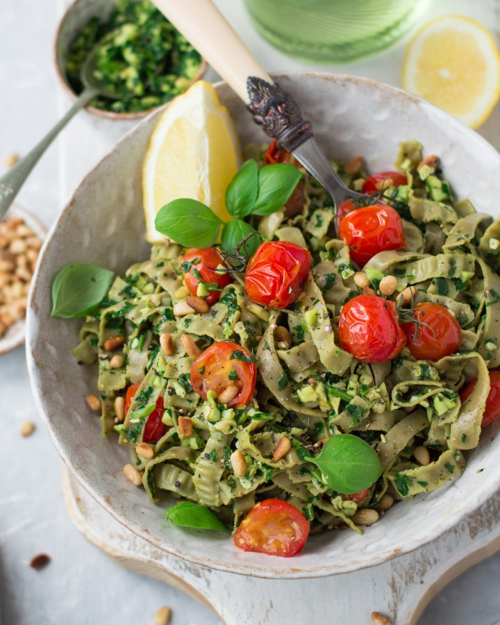 15 minute vegan pasta with green pesto & cherry tomatoes